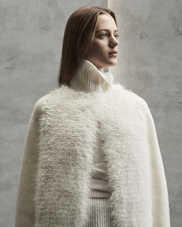 Nao Coat