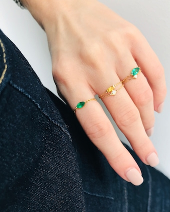 Emerald Small Marquisee Chain Ring