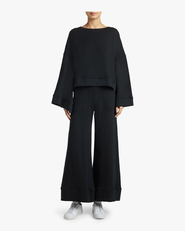 Minimal Sweatshirt