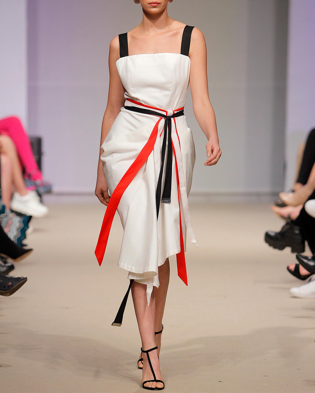 Onna Canvas Dress