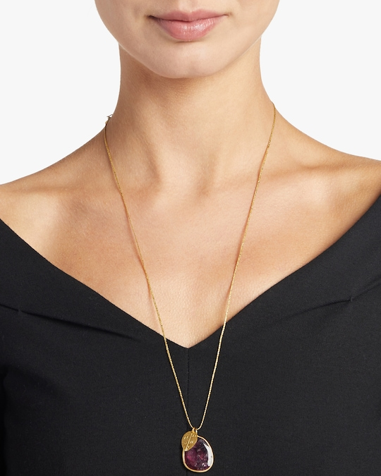 Pippa Small Gold Leaf Colette Pendant Necklace 1