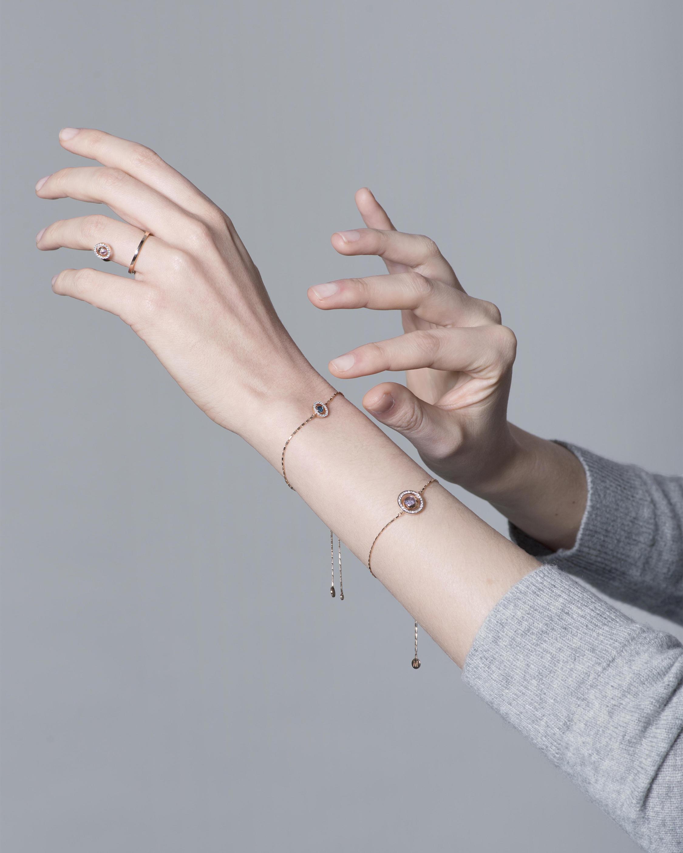 Small Swiveling Bracelet