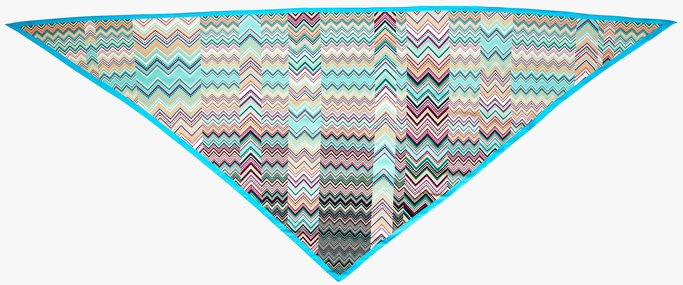 Zig Zag Triangular Scarf