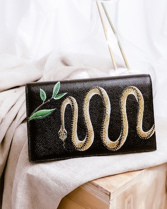 Gold Snake Clutch