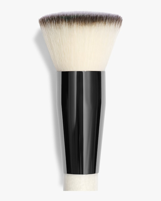 Chantecaille Buff and Blur Brush 1
