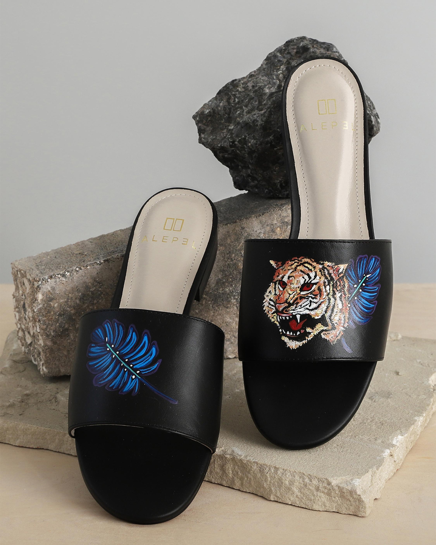 Alepel Hand Painted Royal Tiger Slide Sandal 2