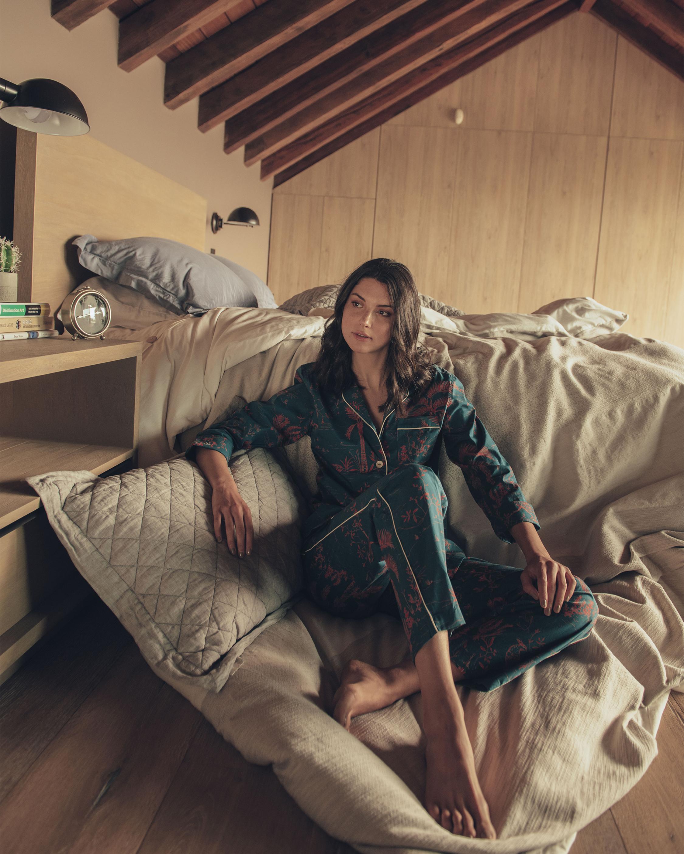 The Lazy Poet Emma Classic Long Pajama Set 2