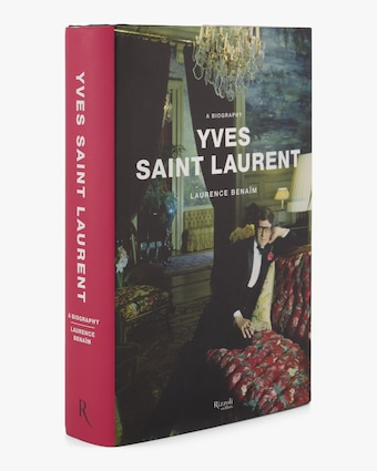 Yves Saint Laurent a Biography