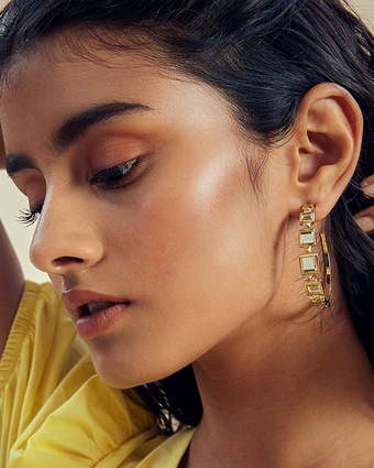Isharya Limelight Pyramid Hoop Earrings 2