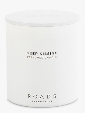 Keep Kissing Candle 200g