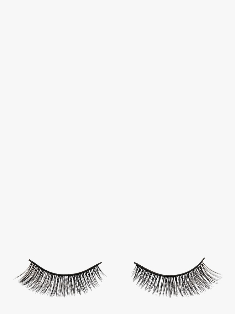 Hepburn Lashes Battington Lashes