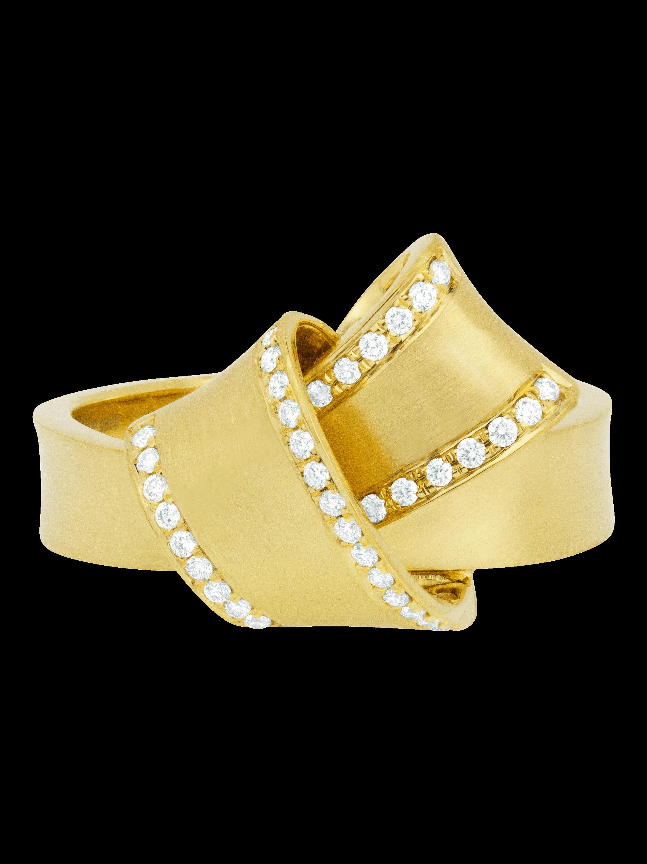 Jumbo Knot Diamond Trim Ring