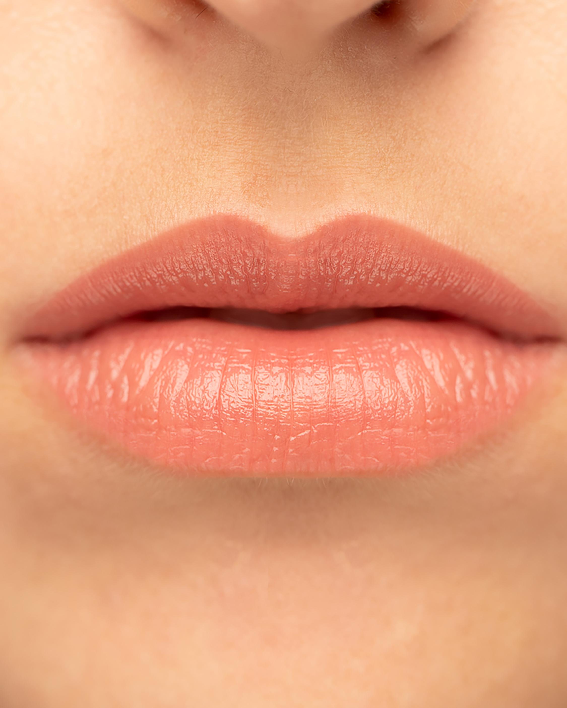 Kevyn Aucoin Unforgettable Lipstick Shine 2