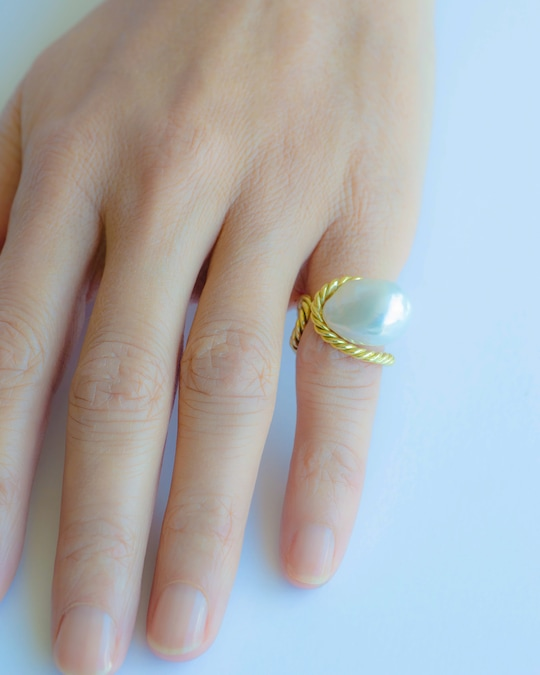Haute Victoire Baroque Pearl Ring 1