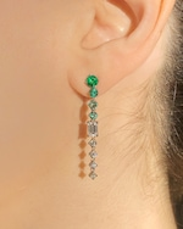 Chérut Chained Emerald Drop Earrings 1
