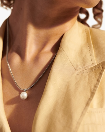 Classic Chain Pendant Necklace