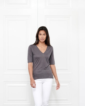 Fite Luxury Tees Cashmere V Neck Three-Quarter Sleeve Top 2