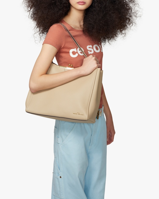 Marc Jacobs The Tote 1