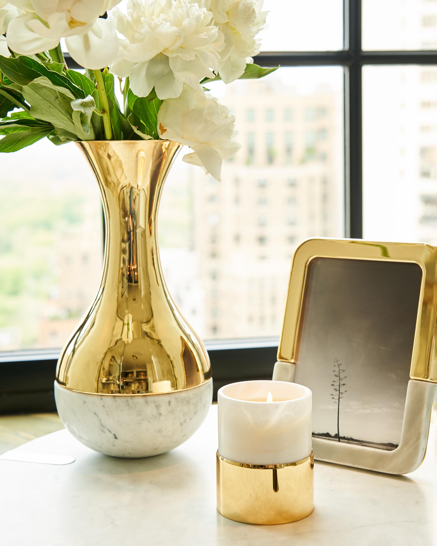 LA CIRE Vessel Candle: Fleur Blanche