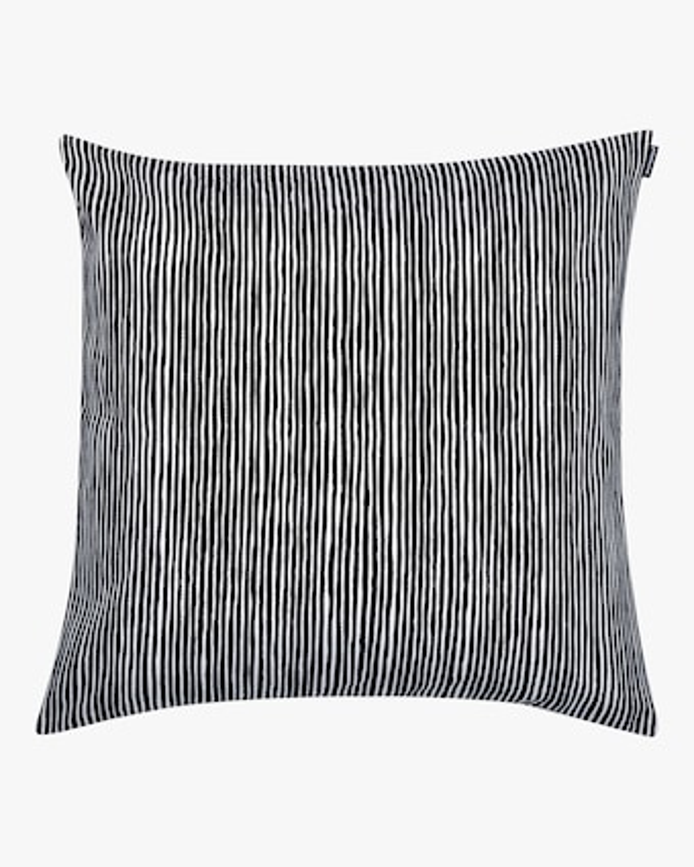 Varvunratia Cushion Cover