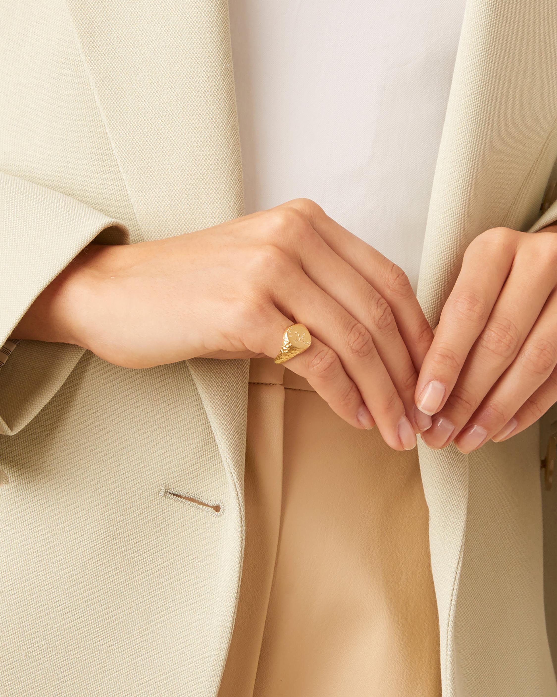 Leo Signet Ring