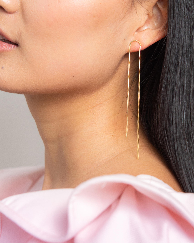 Poppy Finch Arch Box Chain Earrings 1