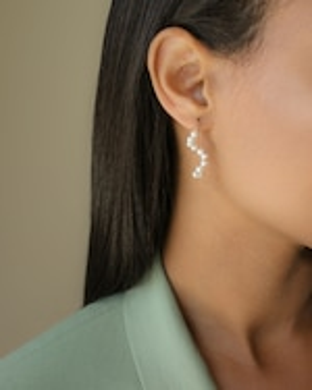Poppy Finch Baby Pearl Short Wave Drop Earrings 1