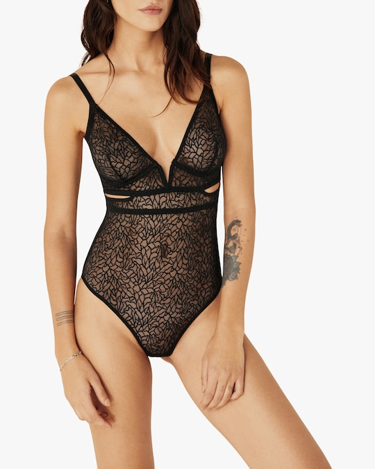 Else Soft Cut-Out V Bodysuit 1