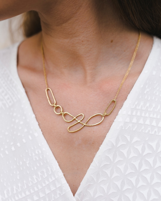 Chandally Equilibrium Necklace 1