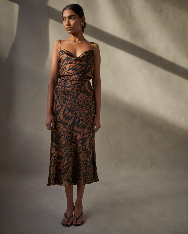 AIIFOS Linda Skirt 1