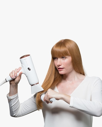 T3 Cura Luxe Professional Ionic Hair Dryer 2