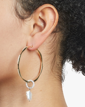Carolee River Wavy Hoop Earrings 2