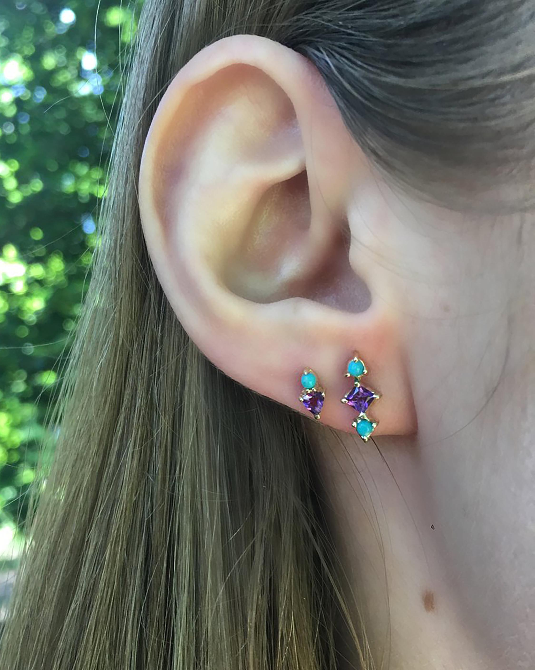 Single Mini Arrow Stud Earring
