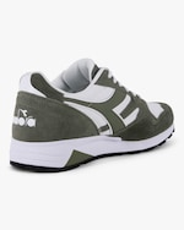 Diadora N902 STrainer Sneaker 2