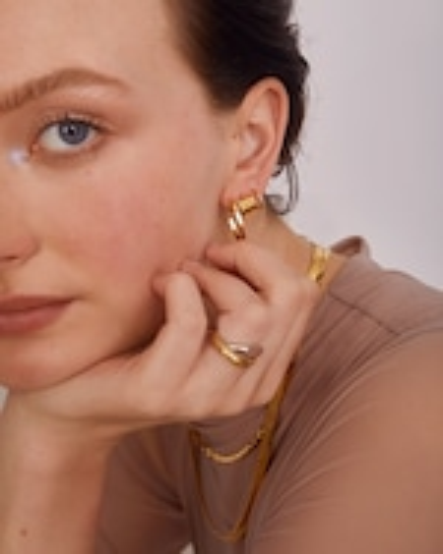 Lady Grey Trinity Hoop Stud Earrings 1