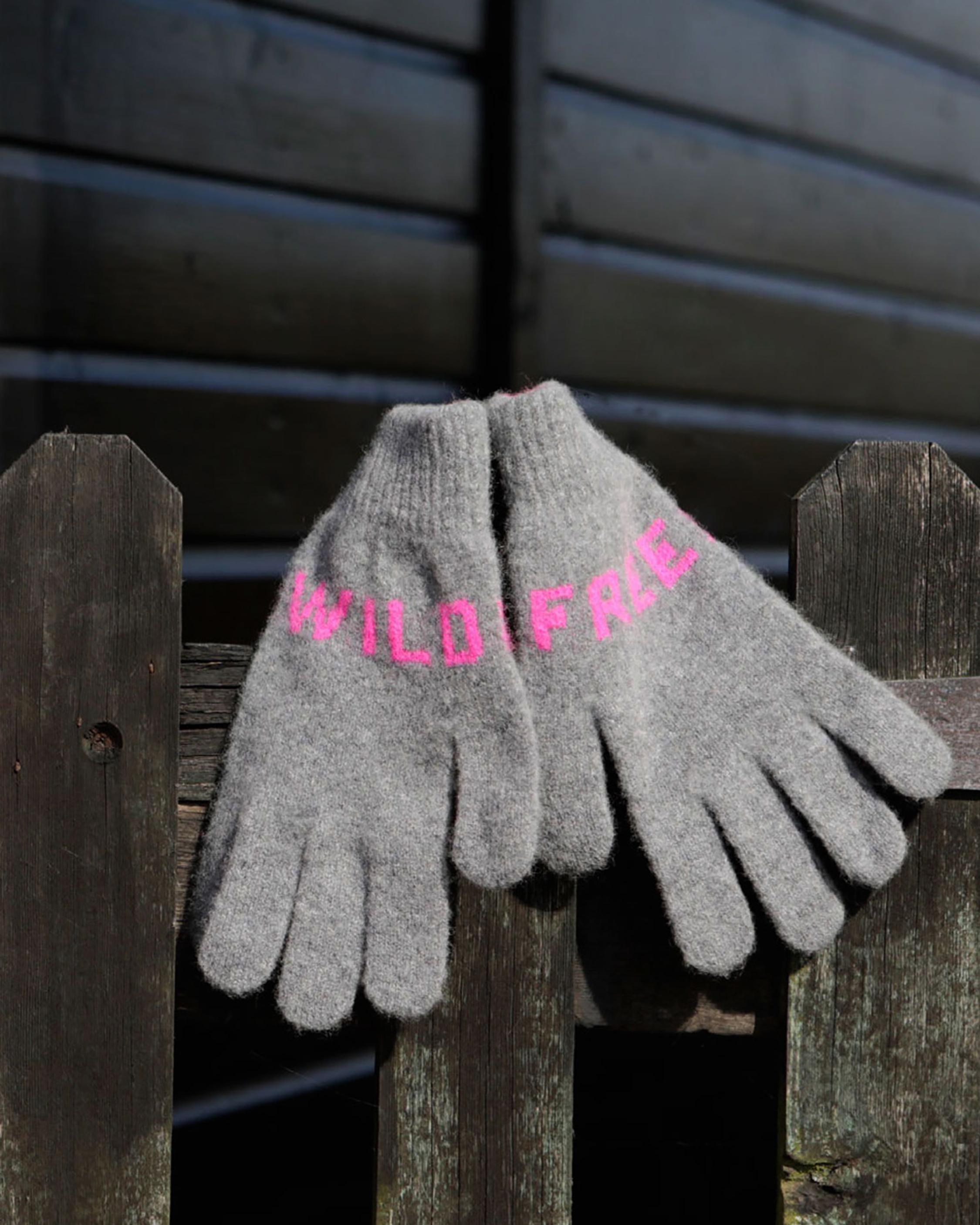 Quinton Chadwick Wild & Free Gloves 1