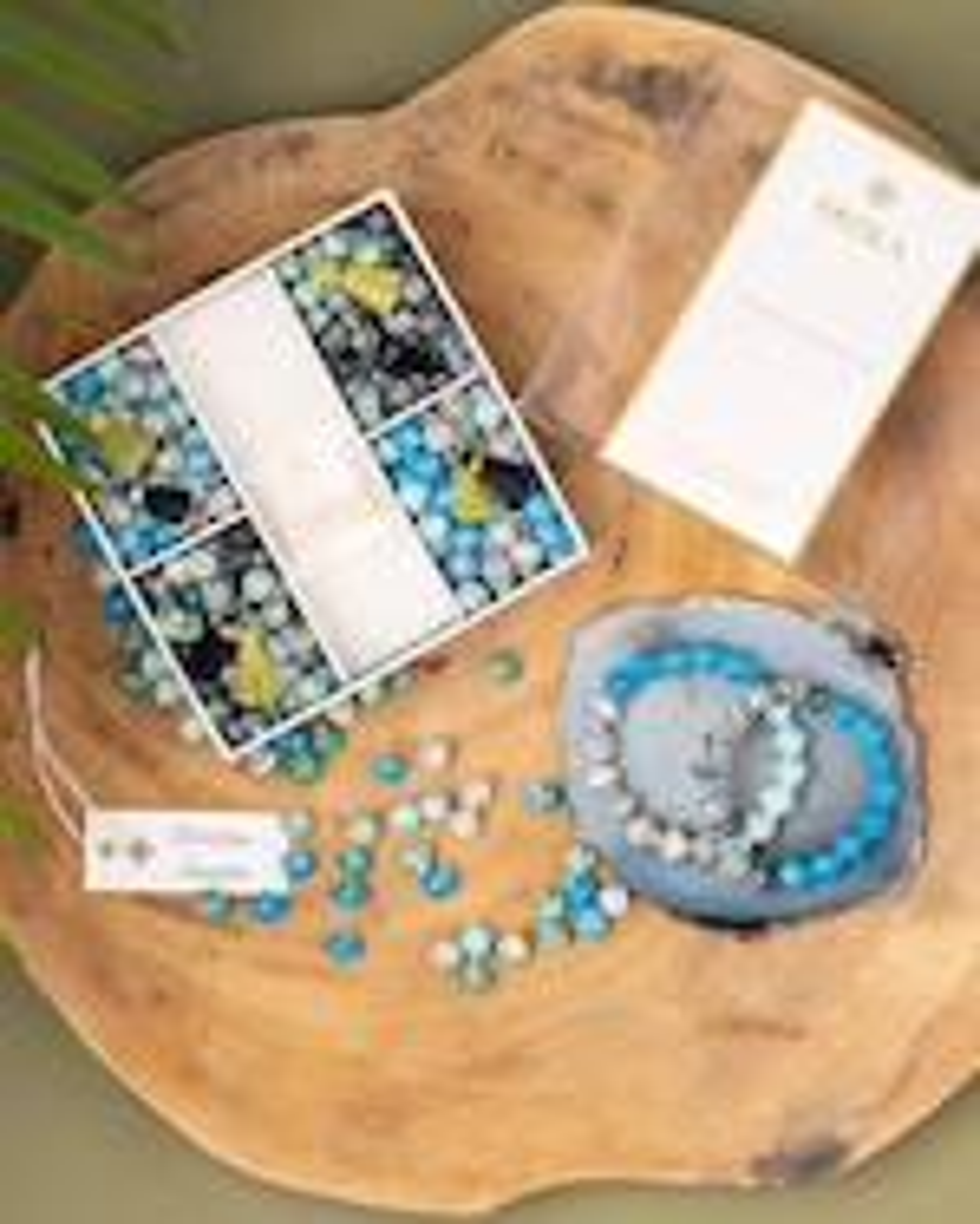 Akola Karatasi DIY Bracelet Kit 2