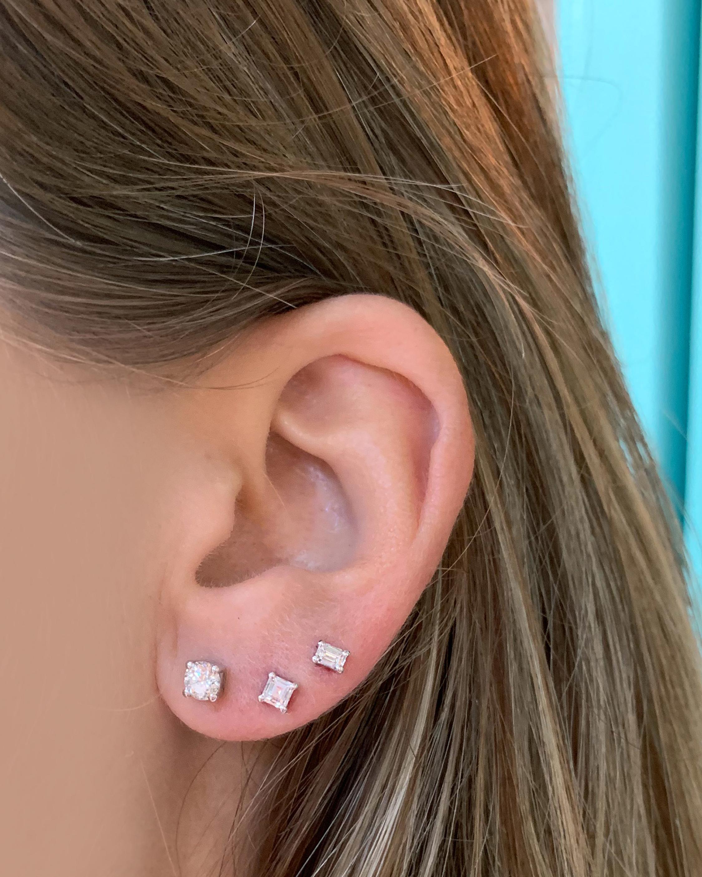 Chérut Small Emerald-Cut Diamond Stud Earrings 2