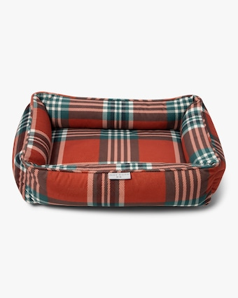 Max-Bone Medium Red Tartan Bed 2
