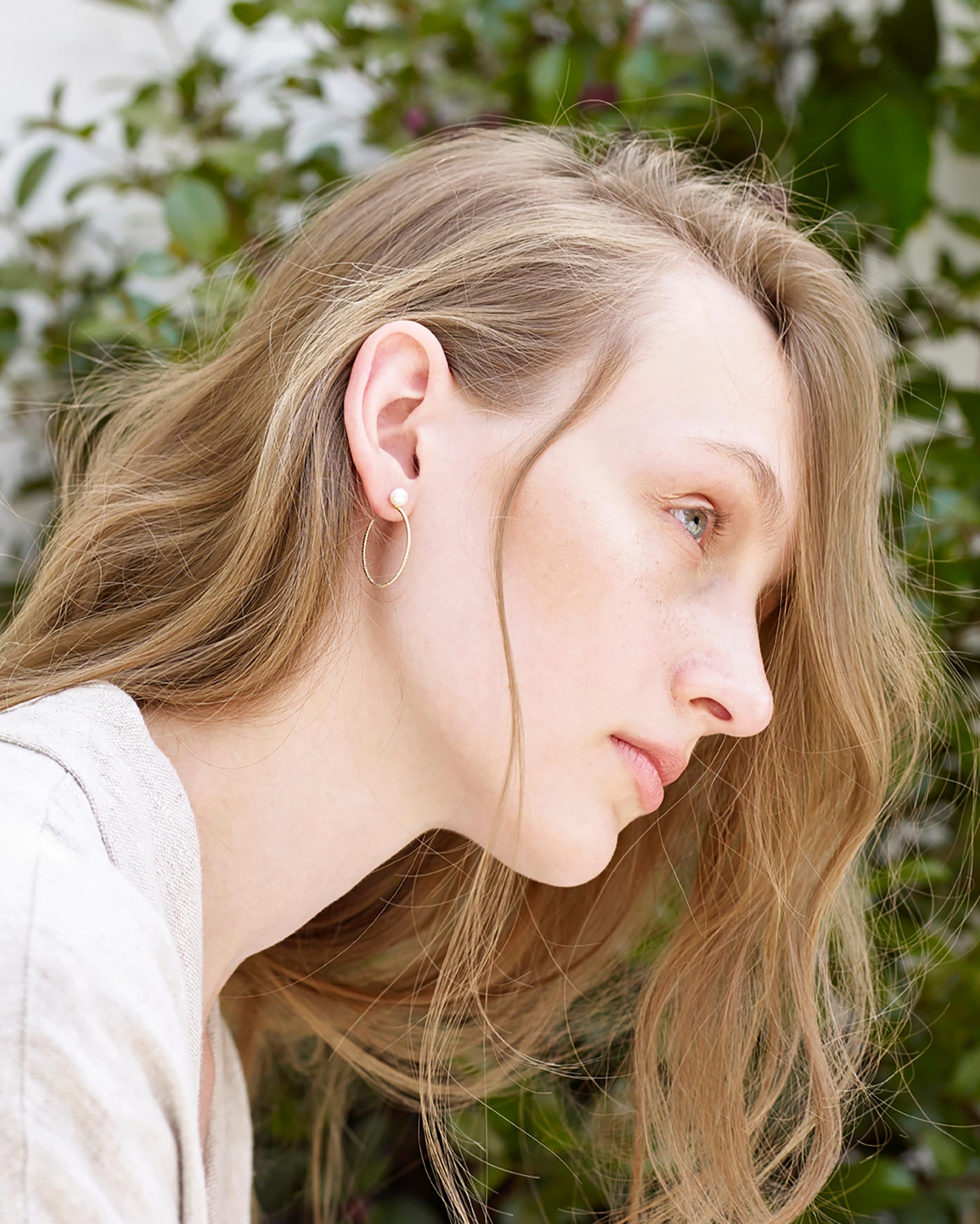 Penelope Jewelry Freshwater Pearl Hoop Earrings 2