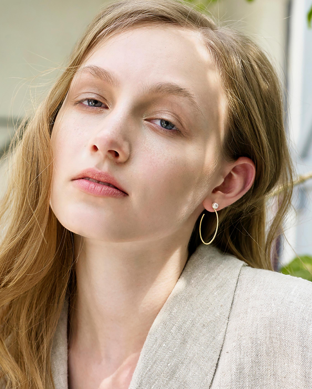 Penelope Jewelry Freshwater Pearl Hoop Earrings 4