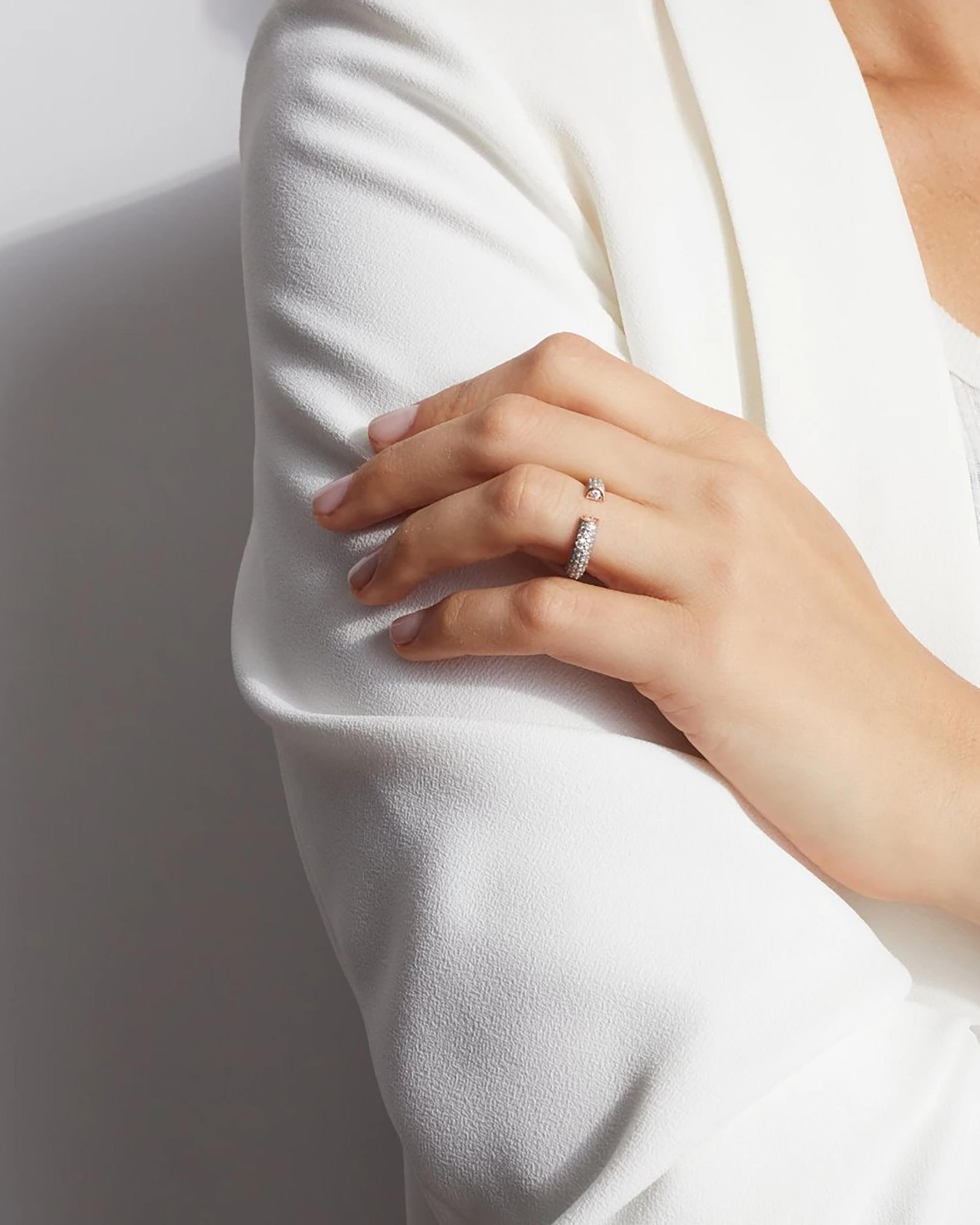 Walters Faith Thoby All Diamond Tubular Ring 2
