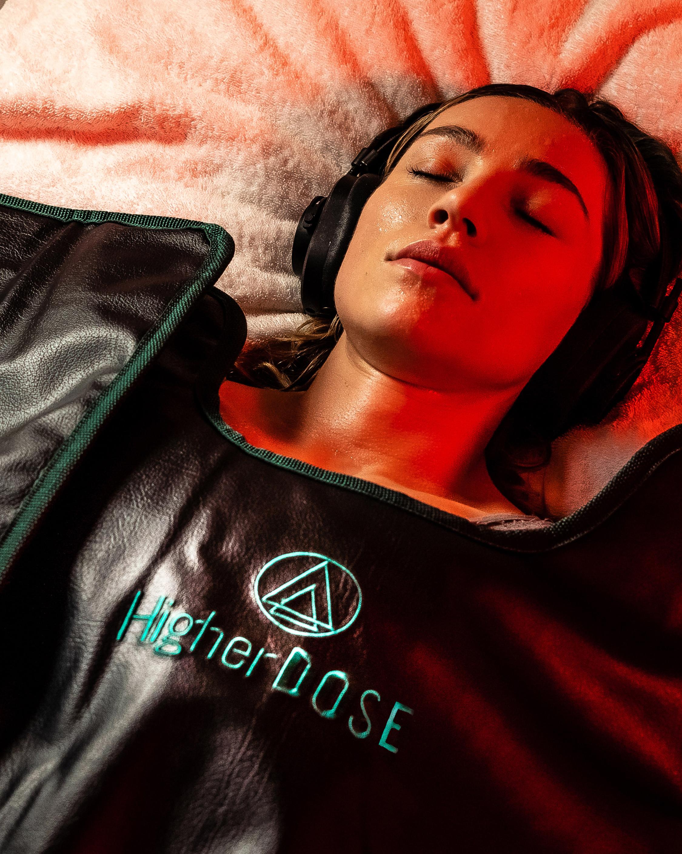 HigherDOSE Infrared Sauna Blanket 2