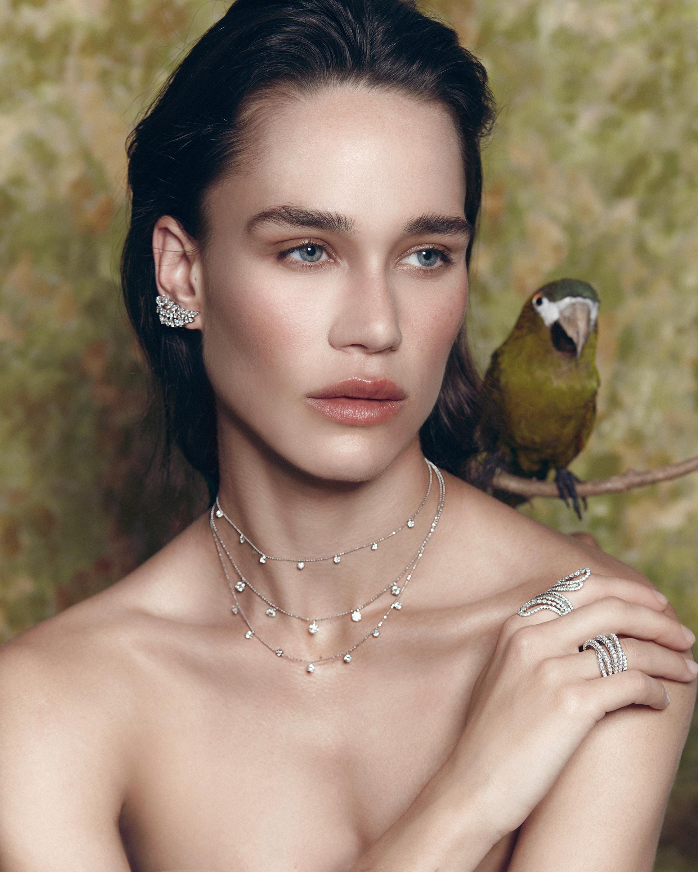 Graziela Gems Large Yellow Gold Floating Diamond Necklace 2