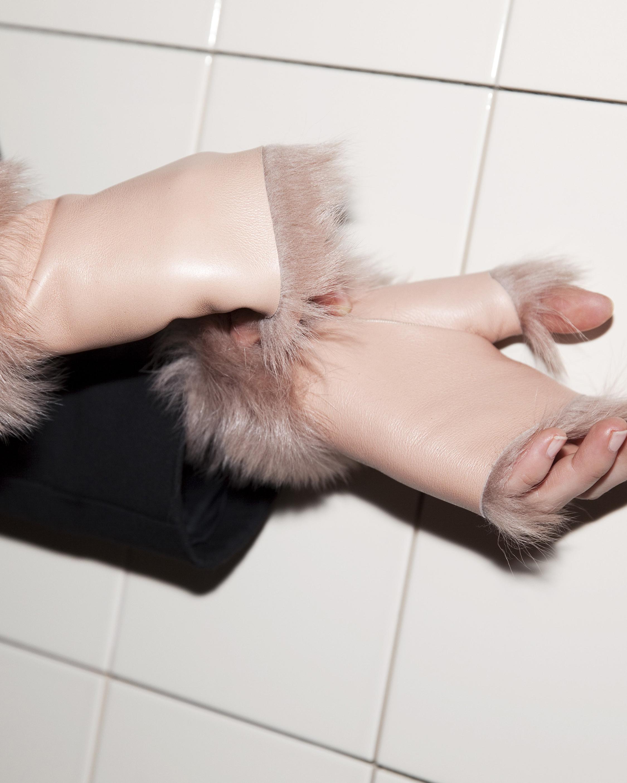 Onar Studios Alexandra Fingerless Gloves 2