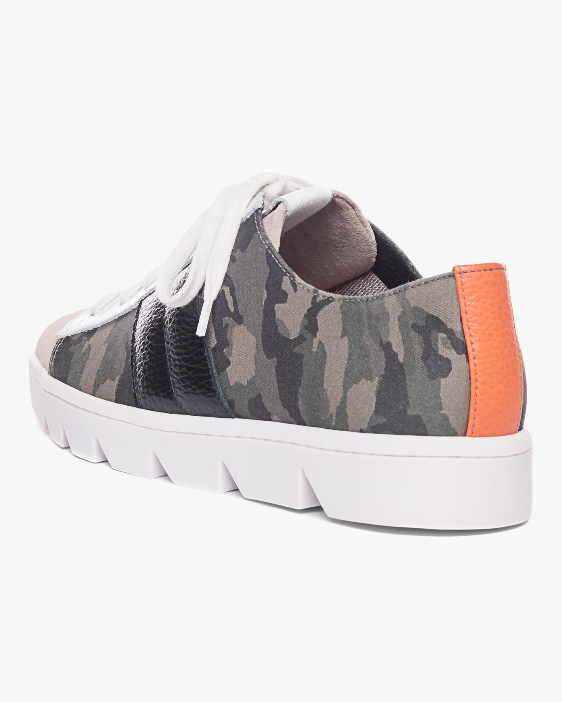 Bernardo Camo Dakota Sneaker 2