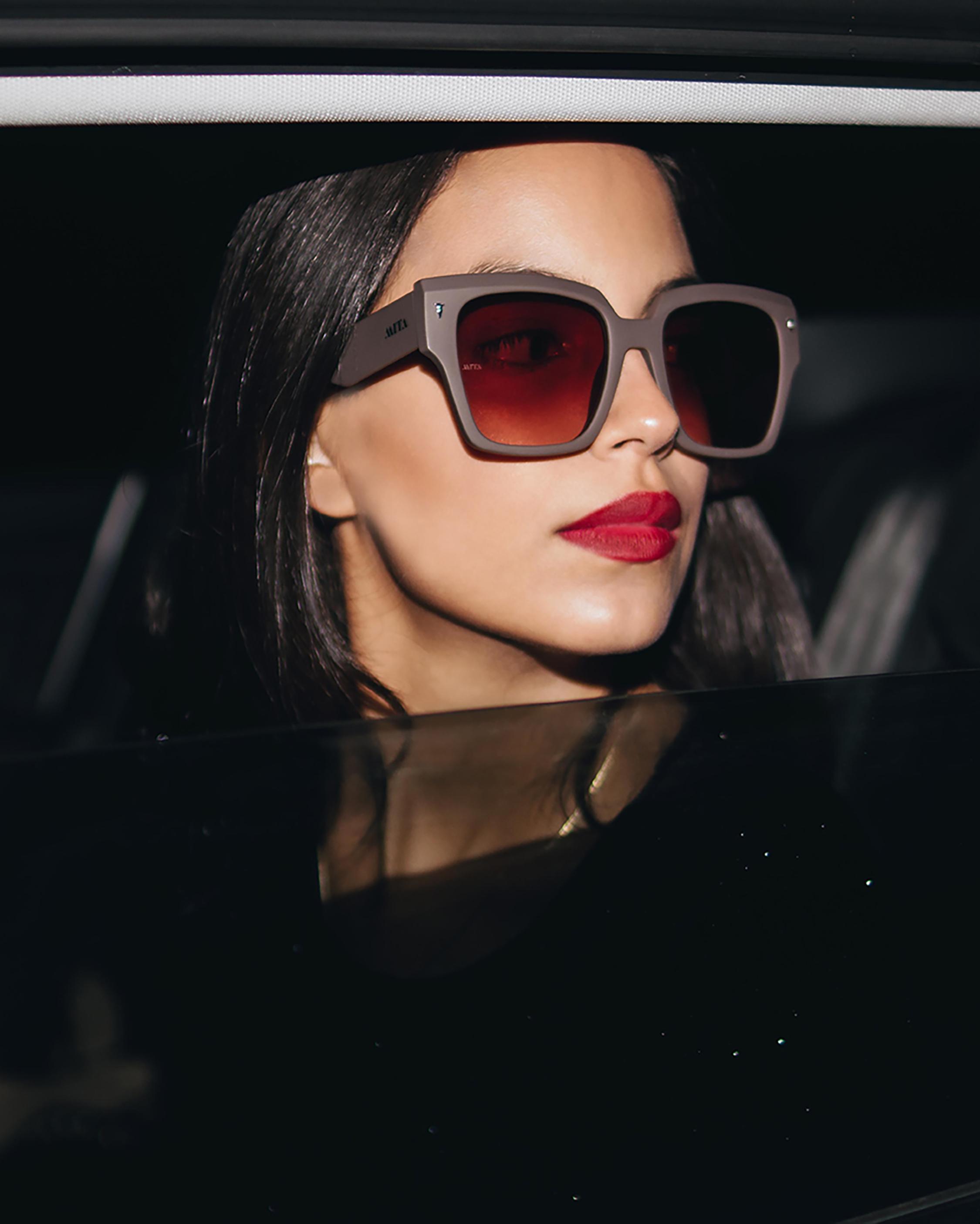 MITA Capri Grey Oversized Sunglasses 4