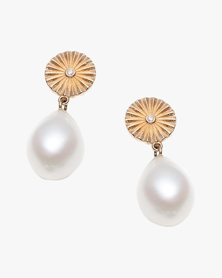 With Love Darling Wheel Pearl Gold Plated Earrings 1