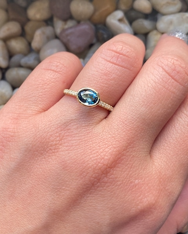 Goshwara Blue Topaz & Diamond Stackable Ring 2