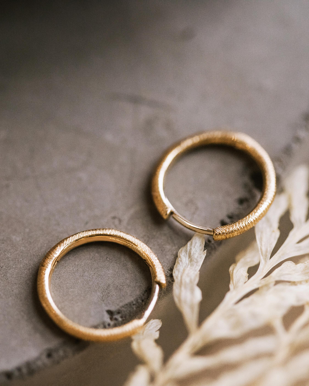Renna Small Florentine Hoop Earrings 1